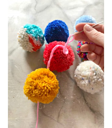 3 size pom pom makers