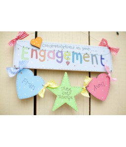 Engagement plaque